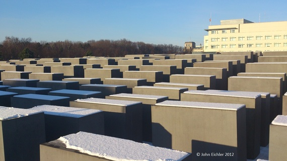 2017-02-06-1486378988-6965691-20121207_Berlin_MonumentforthekilledJews_DSC_0205_JohnEichler_HuffPost.jpg