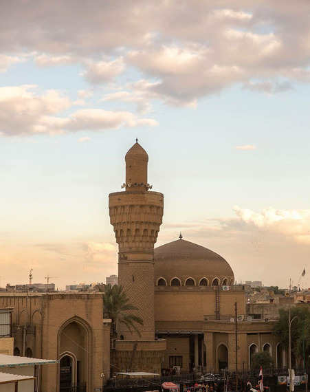2017-02-11-1486855764-7505543-AlKhulafa_Mosque_Iraq.jpg
