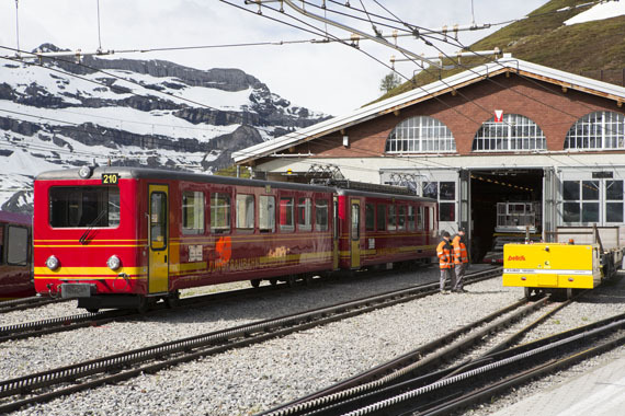 2017-03-05-1488741172-7092491-SFSwiss_Interlaken_001.jpg
