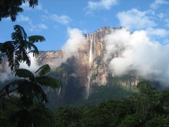 2017-03-28-1490709880-4400565-Bild_Venezuela_Tafelberg.jpg