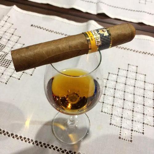 2017-04-05-1491391830-6618562-rum_cigar_union.jpg