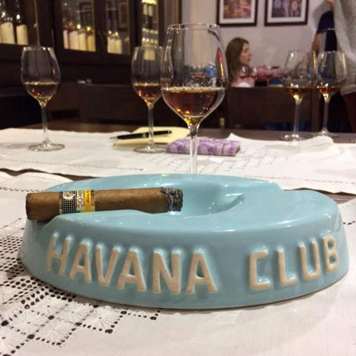2017-04-05-1491392801-8701020-havana_club_ashtray.jpg