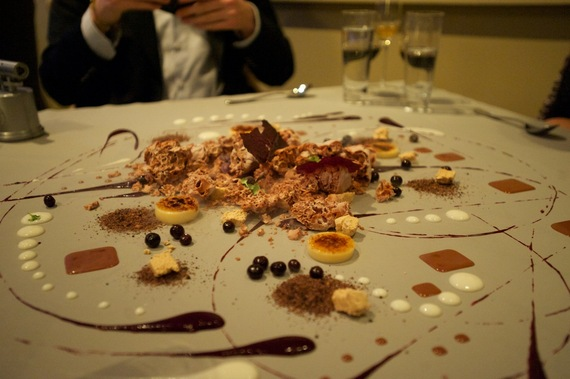 2017-04-12-1492008139-1011600-Dessert_at_Alinea.jpg