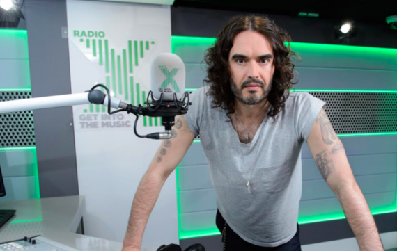 2017-04-17-1492423157-4452817-RussellBrand.png