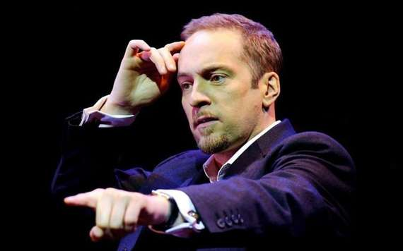 2017-04-27-1493317462-3568133-zderren_brown_2342594k.jpg