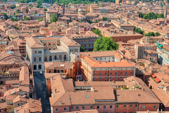 2017-05-02-1493734842-2650606-Bologna.jpg