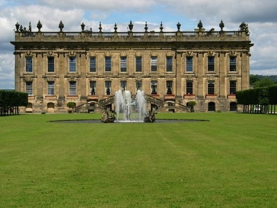 2017-05-23-1495566900-7399409-ChatsworthHouse.jpg