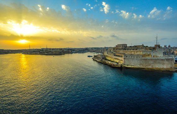 2017-05-30-1496146480-6216583-Maltapublicdomain.jpg