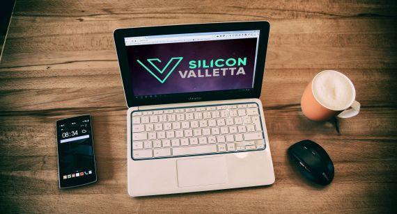 2017-05-30-1496149571-9898020-SiliconValletta_laptop3.jpg
