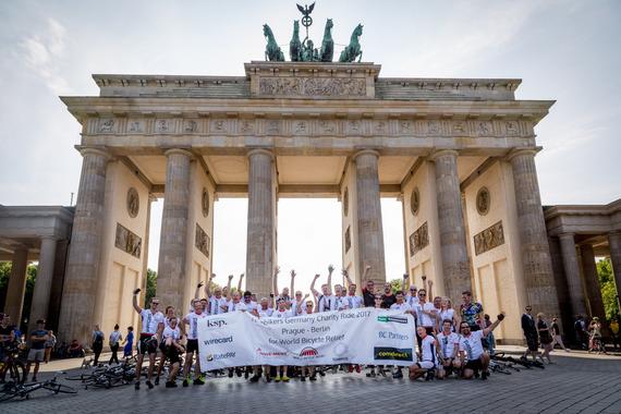 2017-07-14-1500014670-8237342-20170707_Techbikers_Prag_Berlin0378.jpg