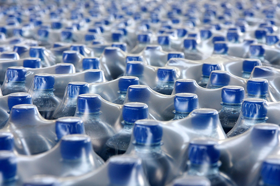 2017-09-08-1504850313-4700761-plastic_bottle1.jpg