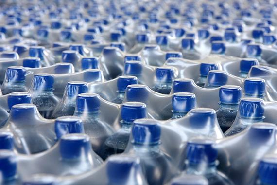 2017-09-08-1504850313-4700761-plastic_bottle1.jpg