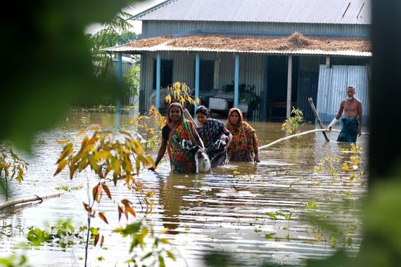 2017-09-14-1505387543-9094084-ShibaloyManikganjdistrictBangladeshsubmergedfloodwater940x627.jpg