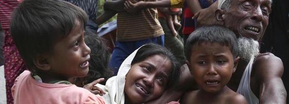 2017-09-16-1505596076-6189699-refugeescrossintoBangladesh.jpg