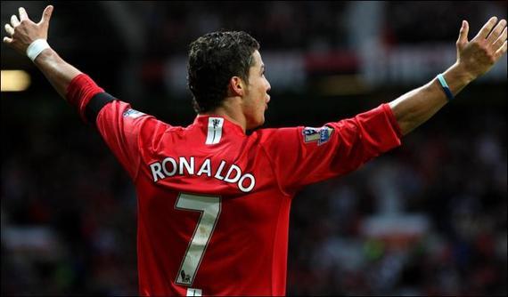 2017-10-20-1508515609-5315858-Cristiano_Ronaldo_512589a.jpg