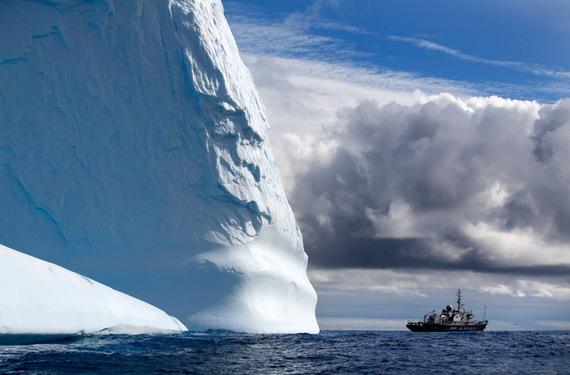 2017-12-14-1513216331-9531645-huge_iceberg.jpg