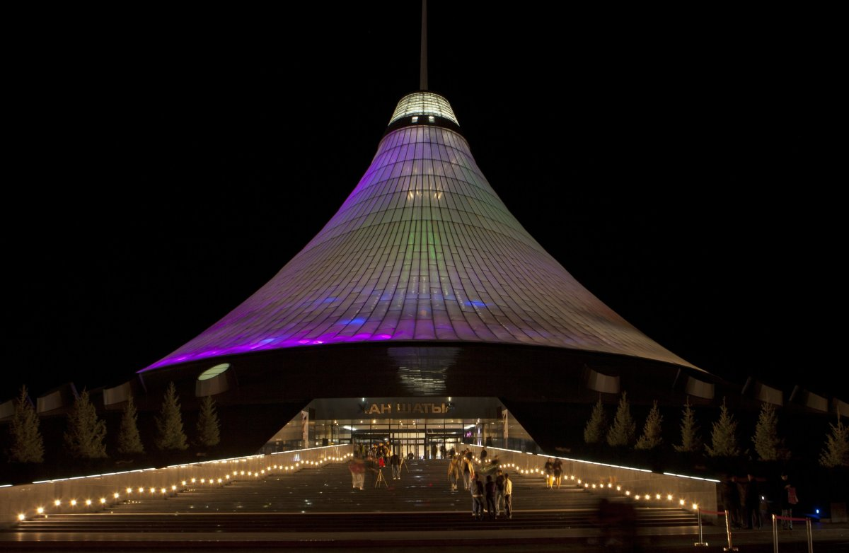 Biggest Tent: Khan Shatyr Tent, Astana, Kazakhstan