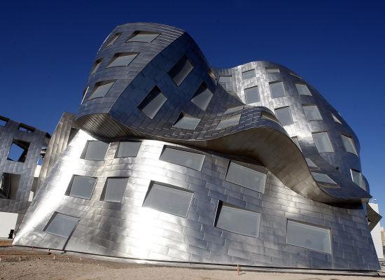 Frank gehry las vegas building tallbridgeguy for Architectural design concepts las vegas
