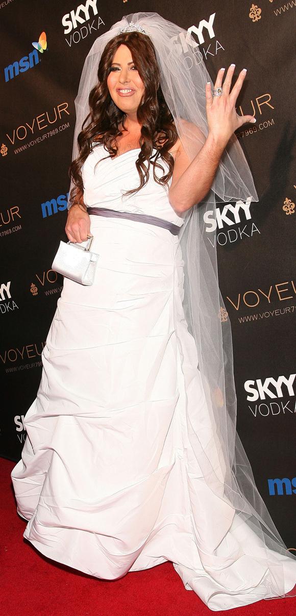 Cojocaru dressed up as pretty realistic Khloe Kardashian for Halloween