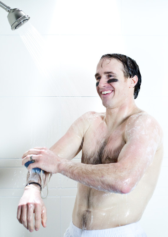 http://images.huffingtonpost.com/gen/139298/DREW-BREES-NAKED-NUDE-SHOWER-DOVE.jpg