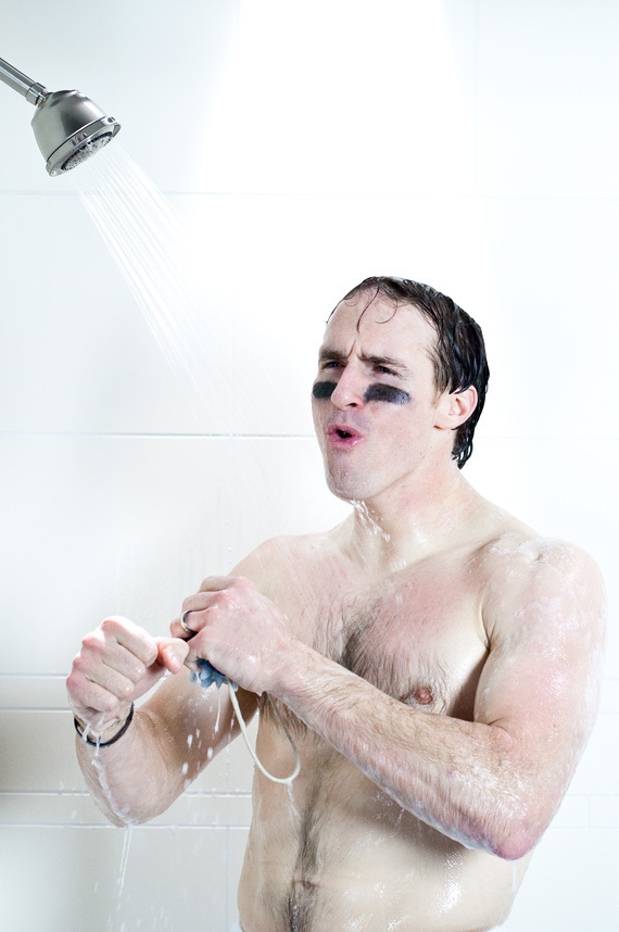 http://images.huffingtonpost.com/gen/139299/DREW-BREES-NAKED-NUDE-SHOWER-DOVE.jpg