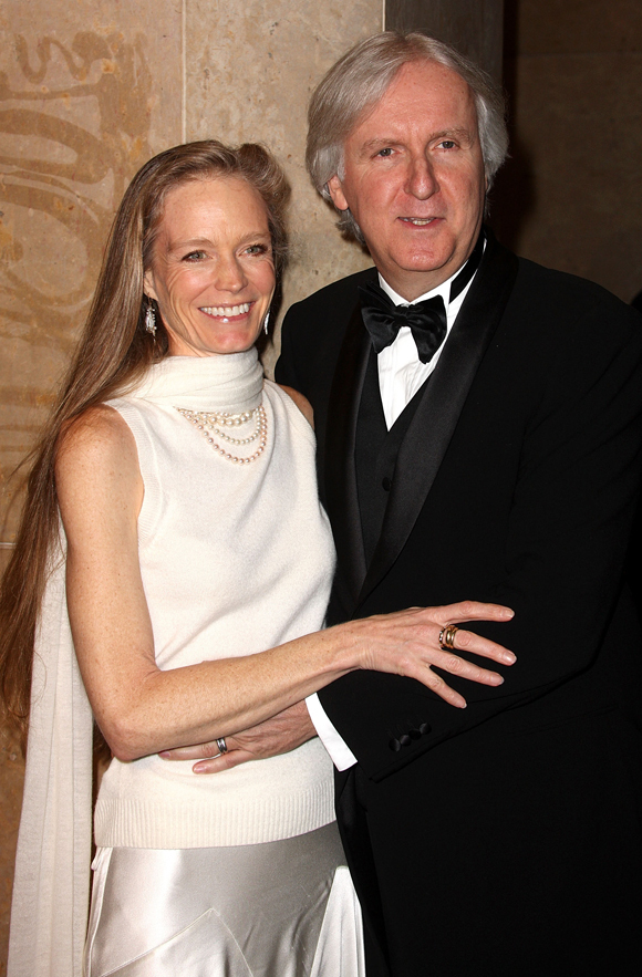 James Cameron Brings Wife To ACE Eddie Awards, Loses To Kathryn ...: www.huffingtonpost.com/2010/02/15/james-cameron-brings-wife_n...