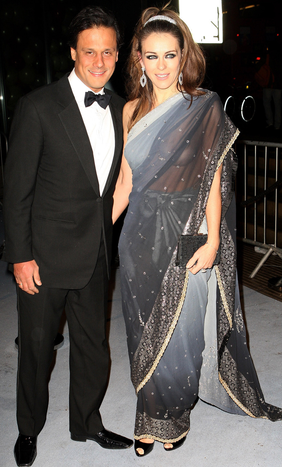Elizabeth Hurley's See Through Sari PICS: Dons Sheer Dress, Forgets ...
