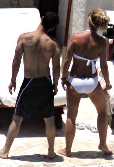 Britney dating bodyguard