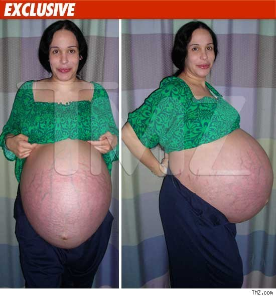 ... Suleman's pregnant stomach shortly before she gave birth to octuplets in ...