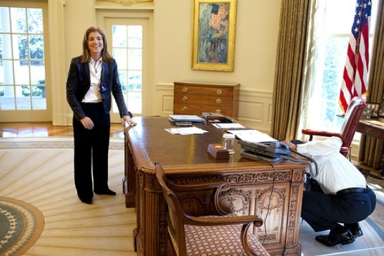obama caroline kennedy play in oval office photos