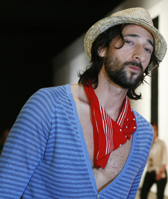 Adrien Brody's Shirtless, Fedora, Neckscarf Look (PHOTOS, POLL)